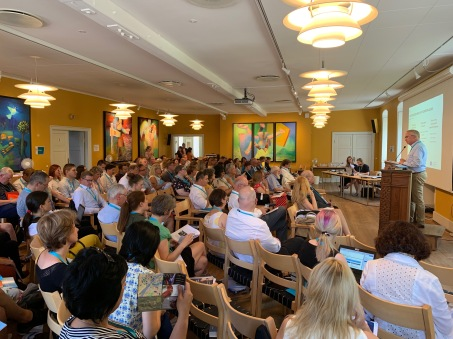 EAEA president Per Paludan Hansen opens the general assembly in Vartov, Copenhagen.